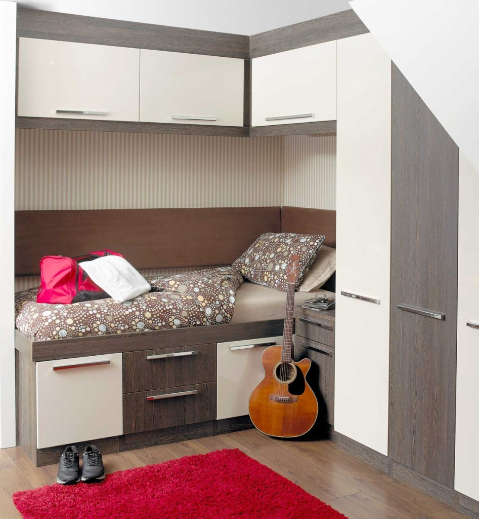 Milan, Mali Wenge, Cream Gloss. Cabin Bed and Angled doors.