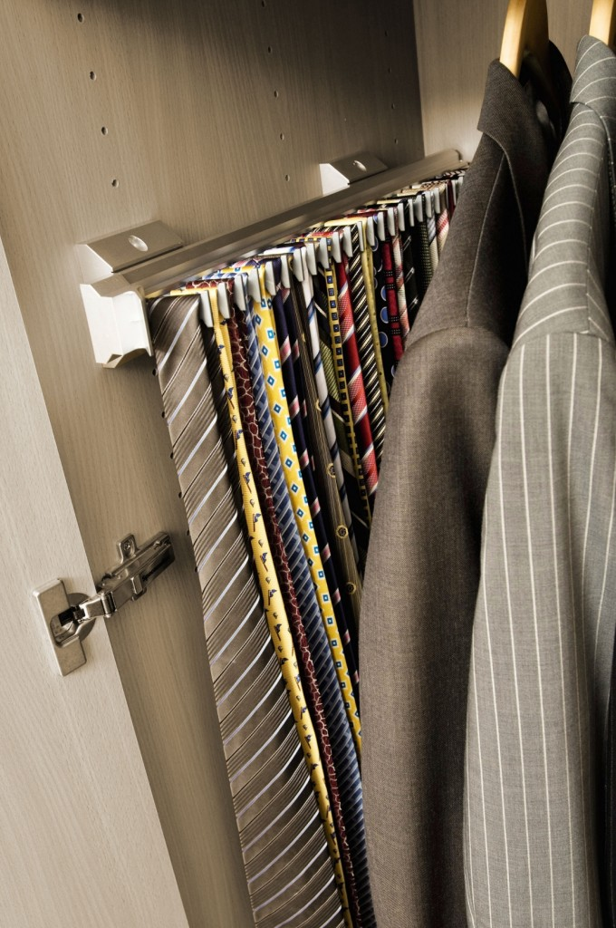 Pull Out Tie Rail Spacemaker Bedrooms